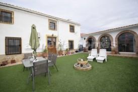 Cortijo Venezuela: Country House for sale in Albox, Almeria