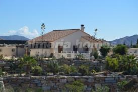 Villa Estrella: Villa te koop in Arboleas, Almeria