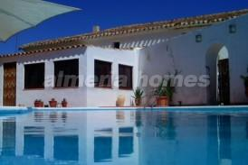 Cortijo Aciron: Country House for sale in Velez Rubio, Almeria