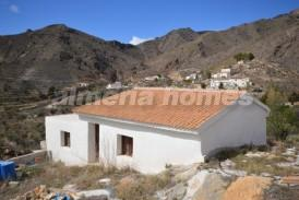 Casa Caramelo: Country House for sale in Oria, Almeria