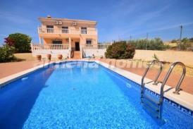 Villa Mirto: Villa for sale in Albox, Almeria