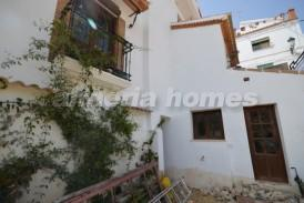 Casa Melia: Village House for sale in Albanchez, Almeria