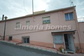 Casa Luna: Town House for sale in Somontin, Almeria