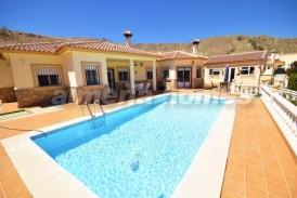 Villa Encanto: Villa en venta en Arboleas, Almeria