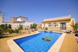 Villa Manzana Verde: Villa a vendre en Arboleas, Almeria