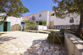 Cortijo Cercano: Country House for sale in Albox, Almeria