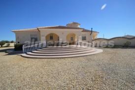 Villa Romanico: Villa for sale in Almanzora, Almeria