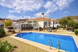 Villa Brasilia: Villa for sale in Arboleas, Almeria