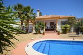 Villa Maravillosa: Villa for sale in Arboleas, Almeria