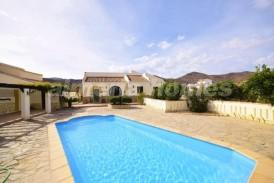 Villa Eukalyptus: Villa for sale in Cantoria, Almeria