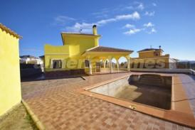 Villa Lila: Villa for sale in Arboleas, Almeria