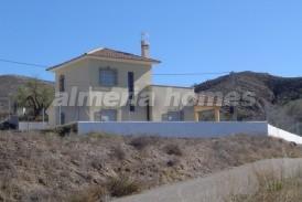 Villa Costa: Villa te koop in Huercal-Overa, Almeria
