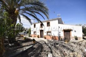 Cortijo Urbano: Country House for sale in Arboleas, Almeria