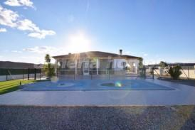 Villa Feliz: Villa for sale in Albox, Almeria