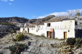 Cortijo Markey: Country House for sale in Oria, Almeria