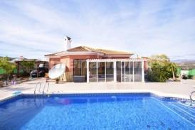 Villa Pincho: Villa for sale in Arboleas, Almeria
