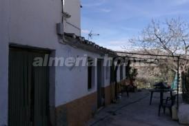 Casa Senos: Town House for sale in Cela, Almeria