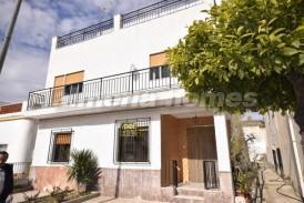 Casa Cantoriense: Town House for sale in Cantoria, Almeria