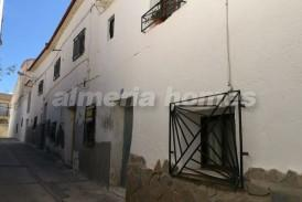 Casa Alacenas: Town House for sale in Somontin, Almeria