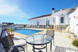 Villa Polonia: Villa for sale in Partaloa, Almeria