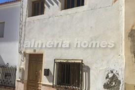 Casa Occidental: Town House for sale in Cantoria, Almeria