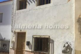 Casa Occidental: Stadswoning te koop in Cantoria, Almeria