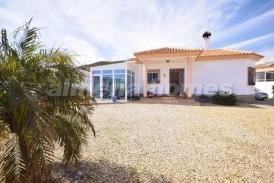 Villa Valentina: Villa te koop in Arboleas, Almeria