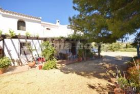 Cortijo Almendro: Country House for sale in Almanzora, Almeria
