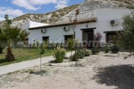 Cortijo Recordando: Country House for sale in Baza, Granada