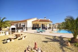 Villa Primrose: Villa for sale in Arboleas, Almeria