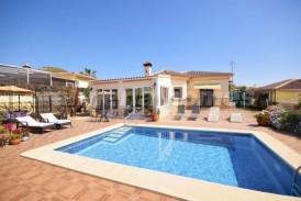 Villa Naranjo: Villa for sale in Arboleas, Almeria
