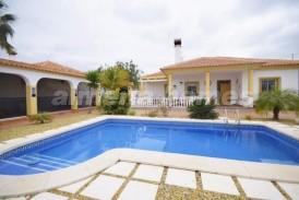 Villa Toledo: Villa for sale in Arboleas, Almeria