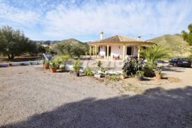 Villa Estar: Villa en venta en Arboleas, Almeria