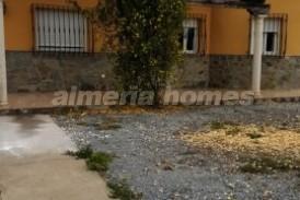 Villa Petals : Villa te koop in Cantoria, Almeria