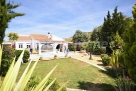Villa Fresas: Villa a vendre en Arboleas, Almeria
