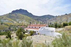 Cortijo Monasterio: Maison de campagne a vendre en Albox, Almeria