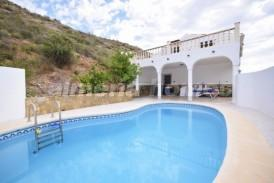 Cortijo Torres: Country House for sale in Albox, Almeria