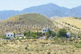 Cortijo Buddha: Country House for sale in Partaloa, Almeria