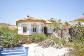 Villa Elche: Villa for sale in Zurgena, Almeria