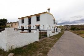 Cortijo Andaluz: Country House for sale in Arboleas, Almeria