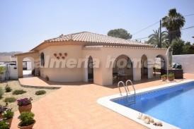 Villa Lunera: Villa a vendre en Arboleas, Almeria