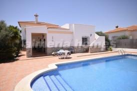 Villa Sorpresa: Villa for sale in Partaloa, Almeria