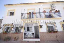 Casa Santorini: Stadswoning te koop in Taberno, Almeria