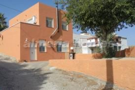 Cortijo Tropical: Country House for sale in Cantoria, Almeria