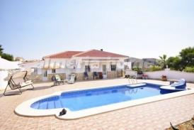 Villa Santorini: Villa te koop in Zurgena, Almeria