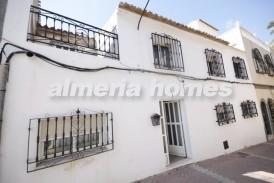 Casa Verano: Town House for sale in Zurgena, Almeria
