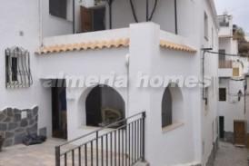Casa Bamba: Stadswoning te koop in Sierro, Almeria