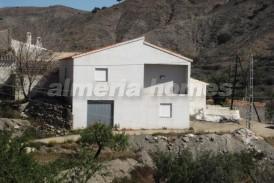 Casa Blanqueada : Maison de campagne a vendre en Taberno, Almeria