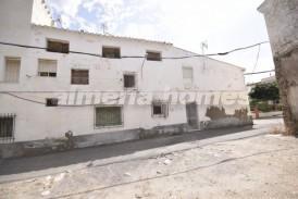 Casa Nube: Town House for sale in Zurgena, Almeria