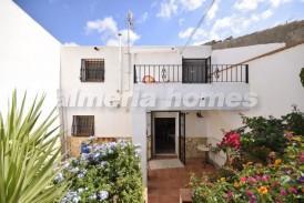 Cortijo Loritos: Country House for sale in Arboleas, Almeria